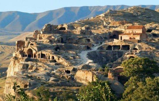 Città della caverna di Uplistsikhe in Georgia
